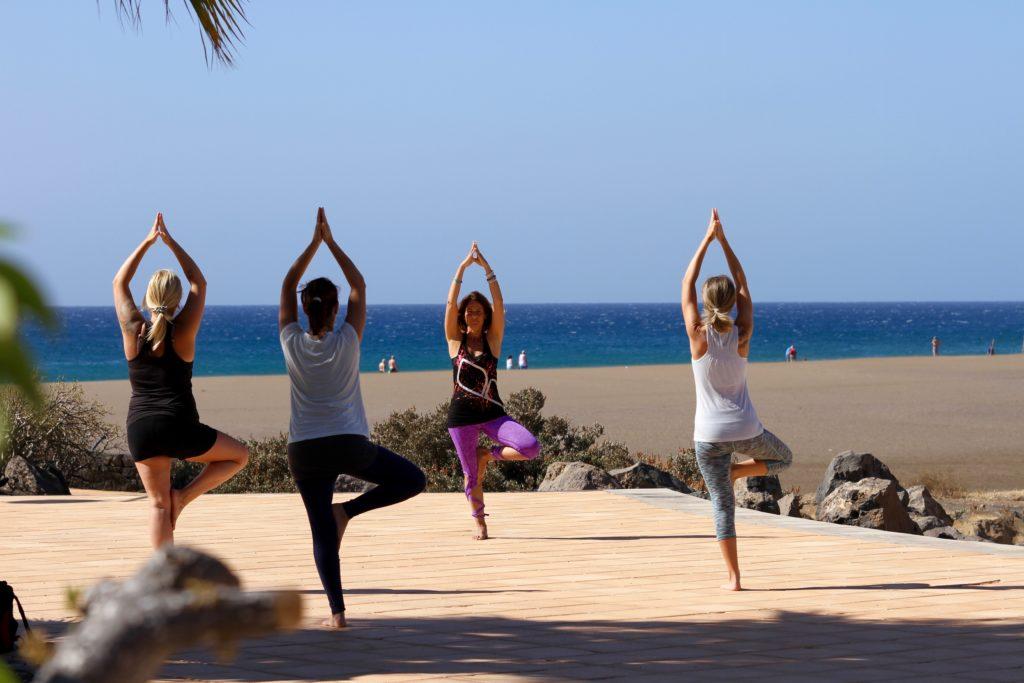 Yoga en Puerto del carman, lanzarote