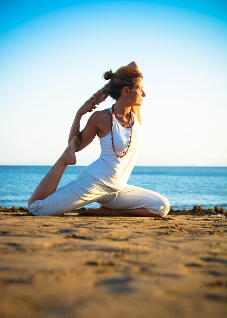 Yoga teacher lanzarote, puerto del carmen